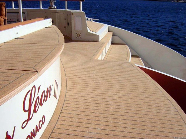 9 Gros Leon Catamaran Deck